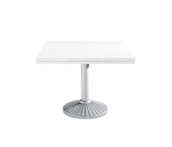 Zanotta Quadritondo 2550 Table